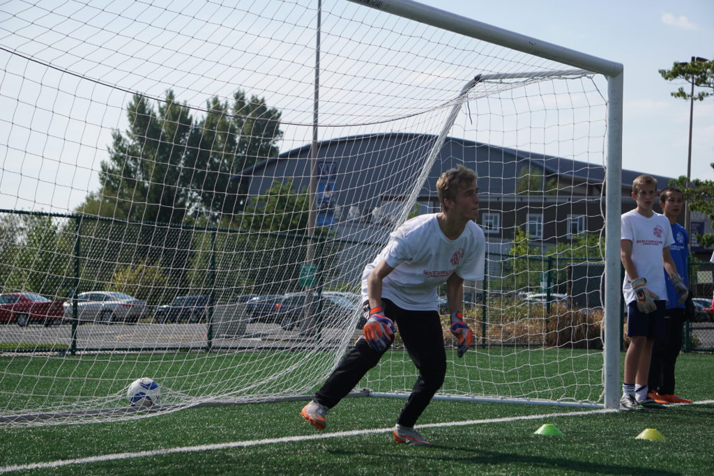 how to train to be a better soccer goalie